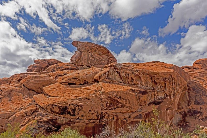 Formen und Formen kommen, von den enormen Felsen im Tal des Feuers anzusehen lizenzfreies stockfoto