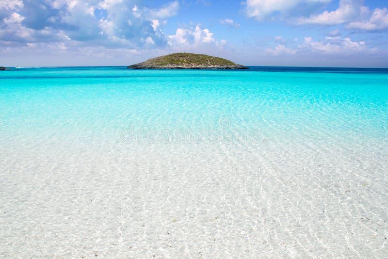 Formentera海滩绿松石水 库存图片
