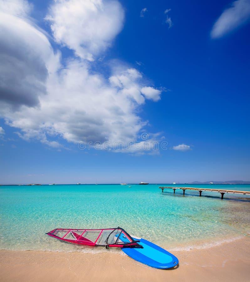 Formentera ibiza ses与风海浪的Illetes海滩 免版税库存图片