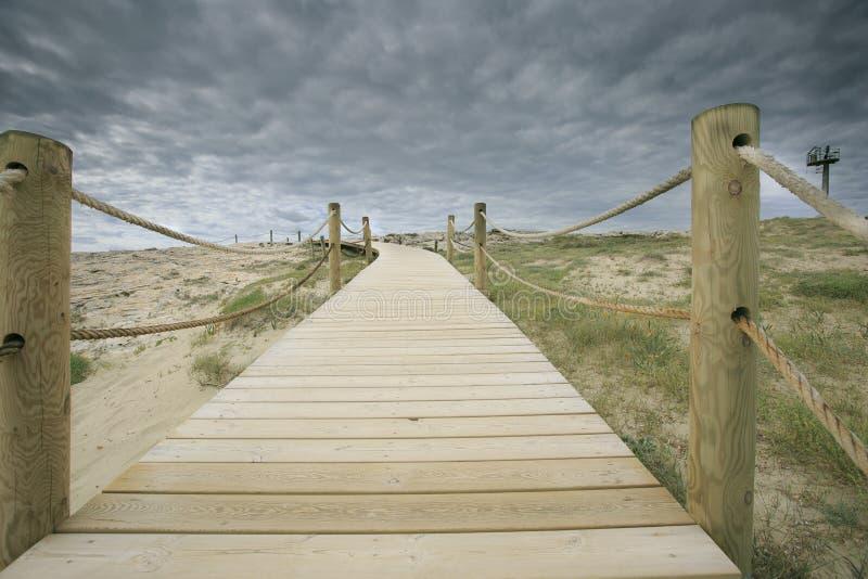 Formentera plażowy stary drewniany most obrazy stock