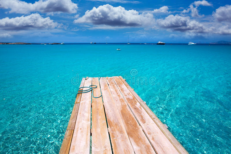 Formentera Ses Illetes海滩码头Illetas和Ibiza 免版税库存照片