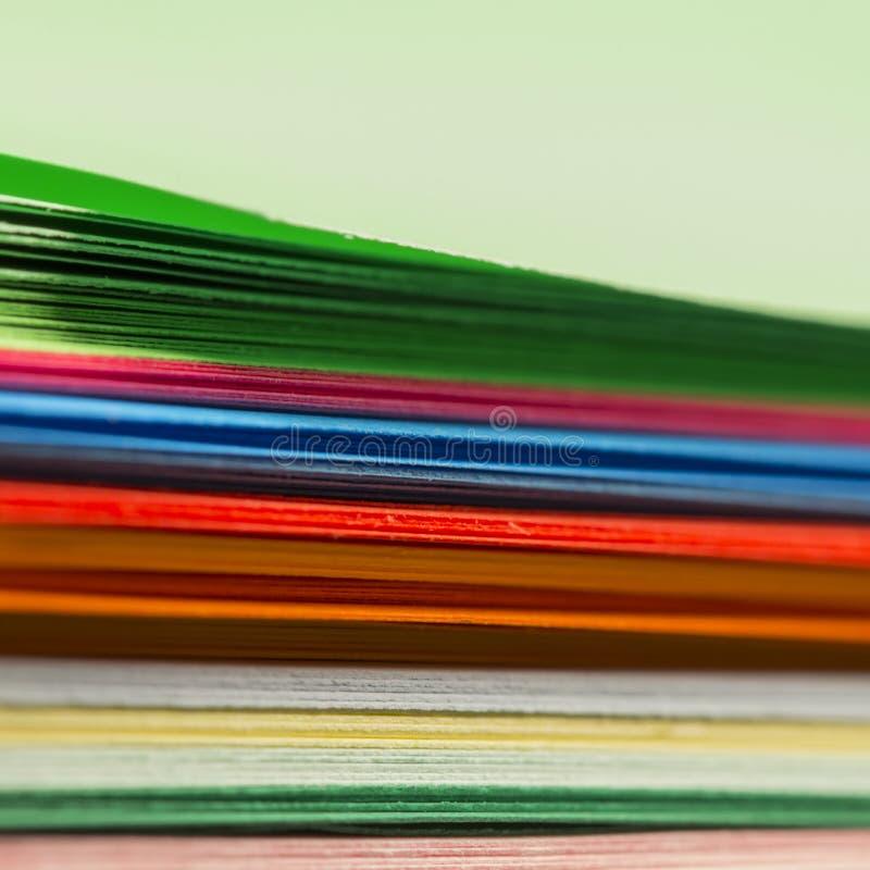 Download Formes de papier colorées photo stock. Image du forme - 45351414