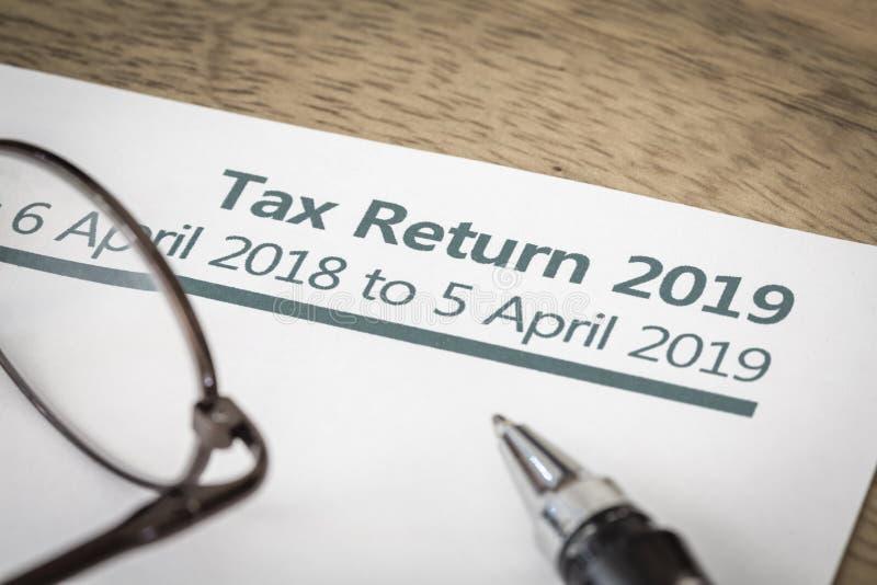 Formulário de declaração de rendimentos Reino Unido 2019 imagens de stock royalty free