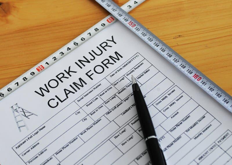 Formulário de reclamação de ferimento de trabalho fotografia de stock royalty free