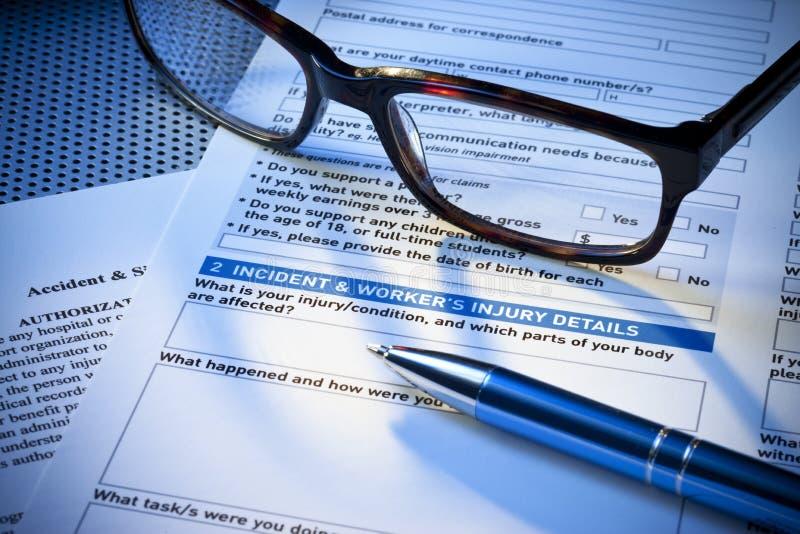 Formulário de relatório de ferimento do seguro foto de stock royalty free