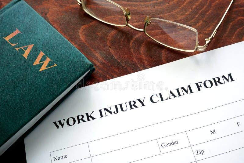 Formulaire de réclamation de blessure de travail photographie stock