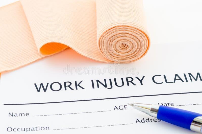 Formulaire de réclamation de blessure de travail image stock