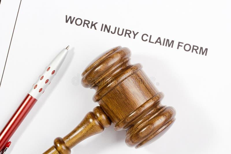 Formulaire de réclamation de blessures de travail photographie stock libre de droits