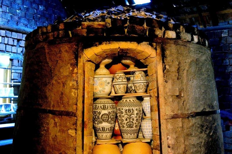 Fornace, forno per la bruciatura, ceramica di torrefazione immagini stock