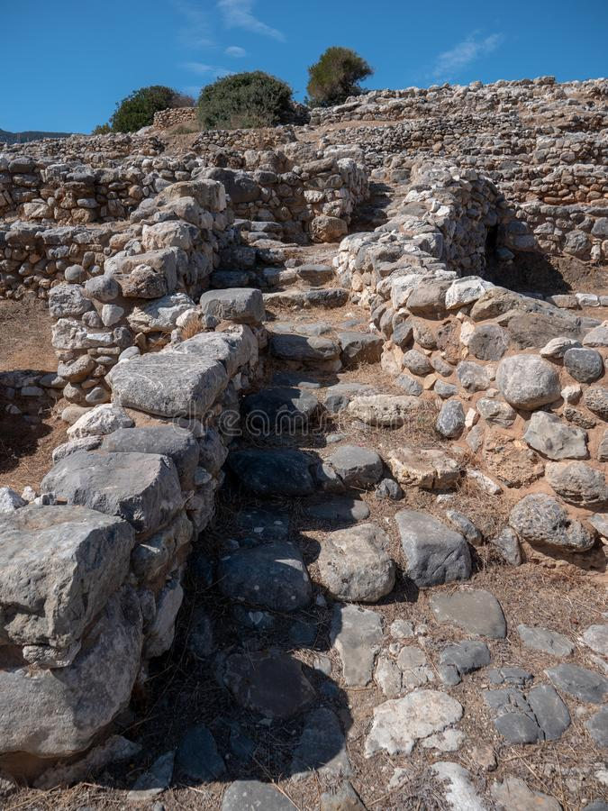 Fornlämning av den Dorian stadsstaten på Lato, NE-Kreta arkivbilder