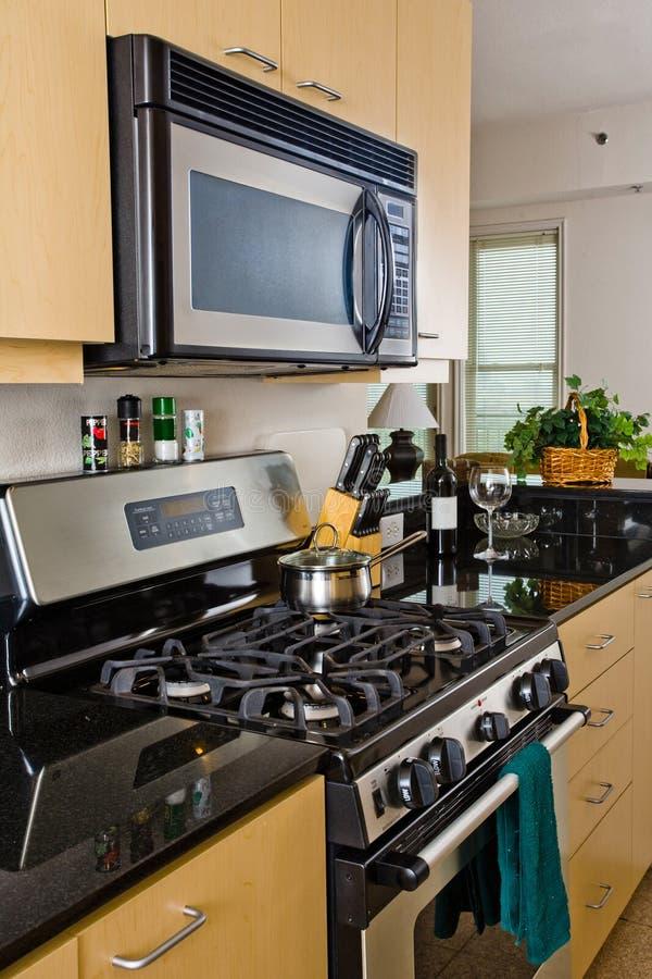 Forno e cooktop modernos fotos de stock royalty free