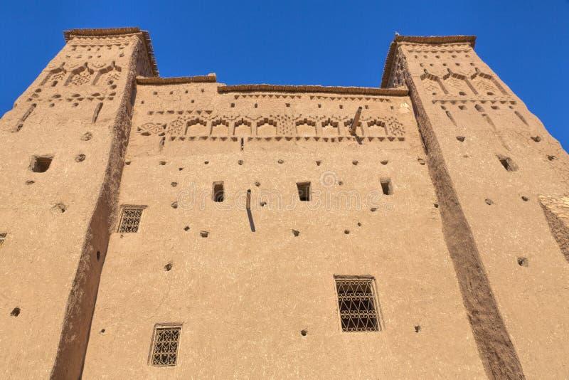 Forntida Ait Benhaddou by i Marocko royaltyfri bild