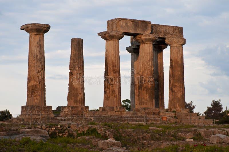 forntida apollo corinth tempel royaltyfria foton