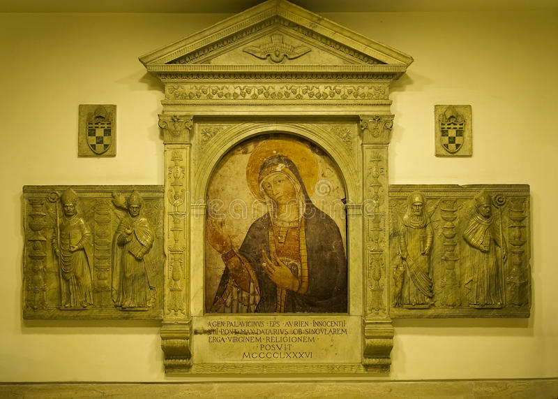 Forntida bild av den jungfruliga Maryen royaltyfria foton