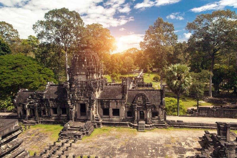 Forntida buddistisk en khmertempel i det Angkor Wat komplexet, Cambodja arkivbild