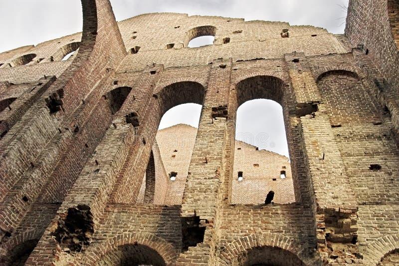 forntida byggnad fördärvar royaltyfri bild
