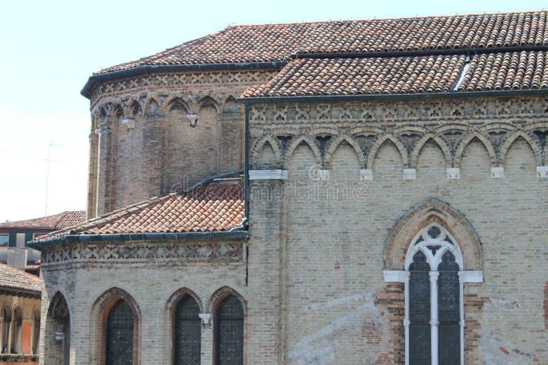 Forntida byggnad - venice royaltyfri foto