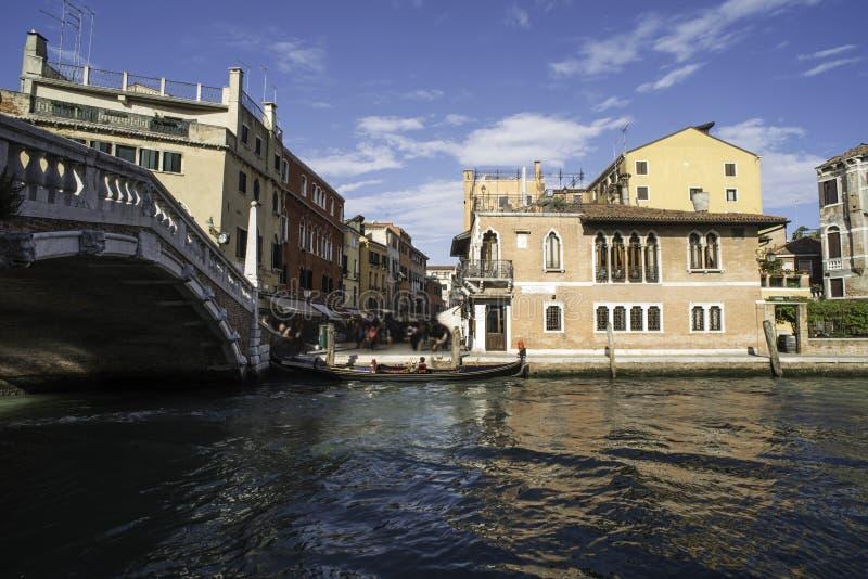 Forntida byggnader i Venedig fotografering för bildbyråer