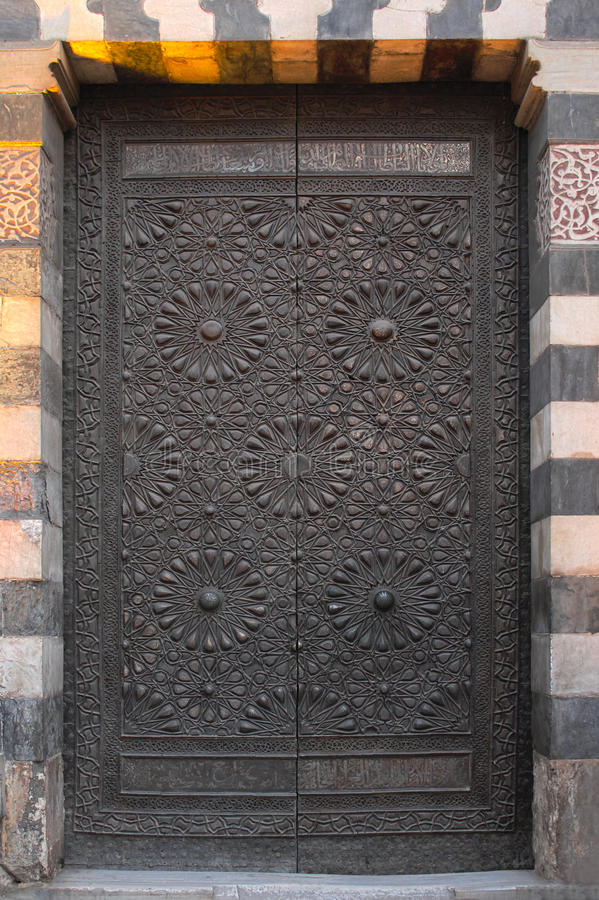 Forntida cipperdörr royaltyfria foton