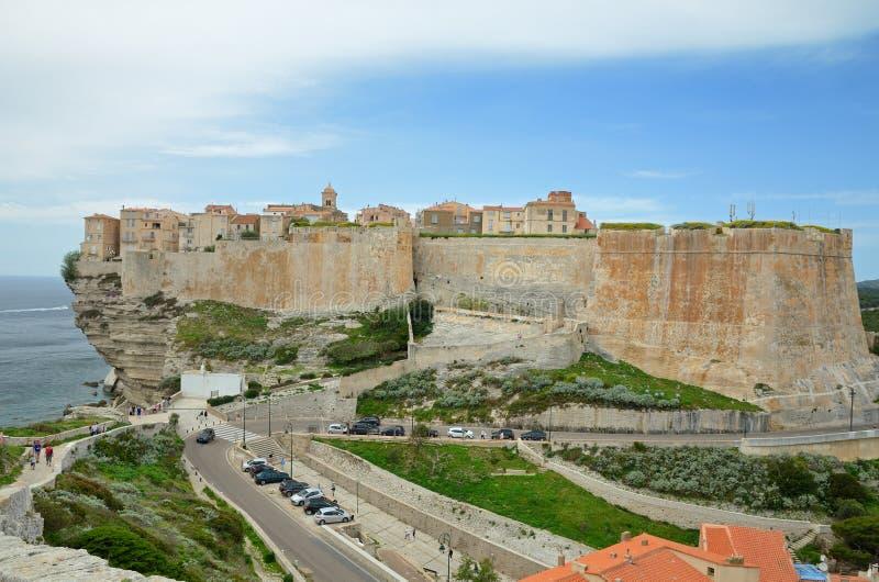Forntida citadell av Bonifacio arkivbild
