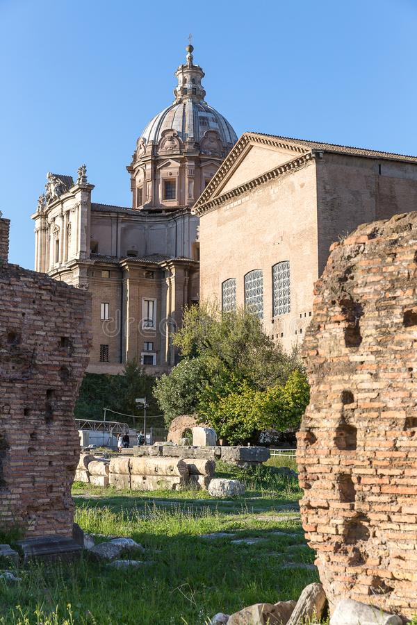 Forntida Curia Julia på Roman Forum, Rome, Italien, Europa fotografering för bildbyråer