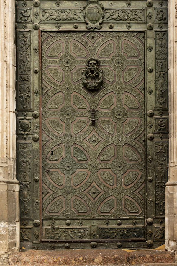 forntida dörr royaltyfri foto