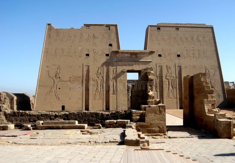 forntida edfuegypt tempel royaltyfria bilder
