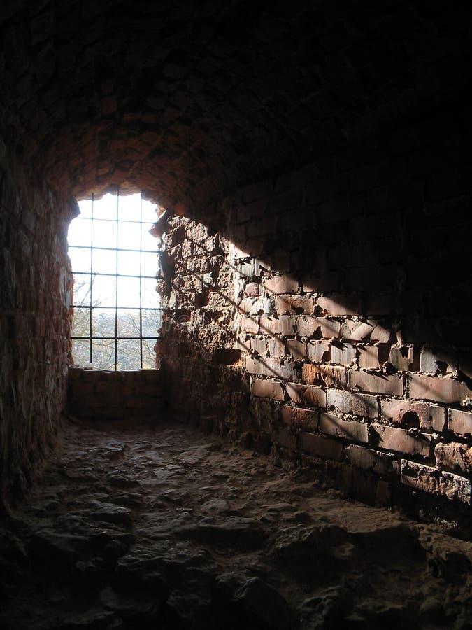 forntida fönster för ljus stråle royaltyfri foto