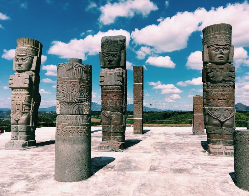 Forntida fördärvar av Tula de Allende Toltec krigare mexico royaltyfri fotografi