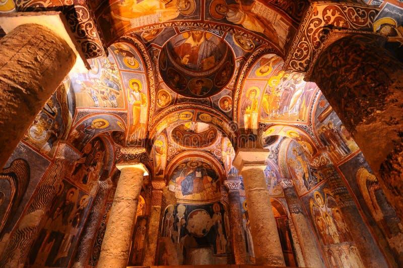 Forntida fresco i goreme, Cappadocia royaltyfri bild