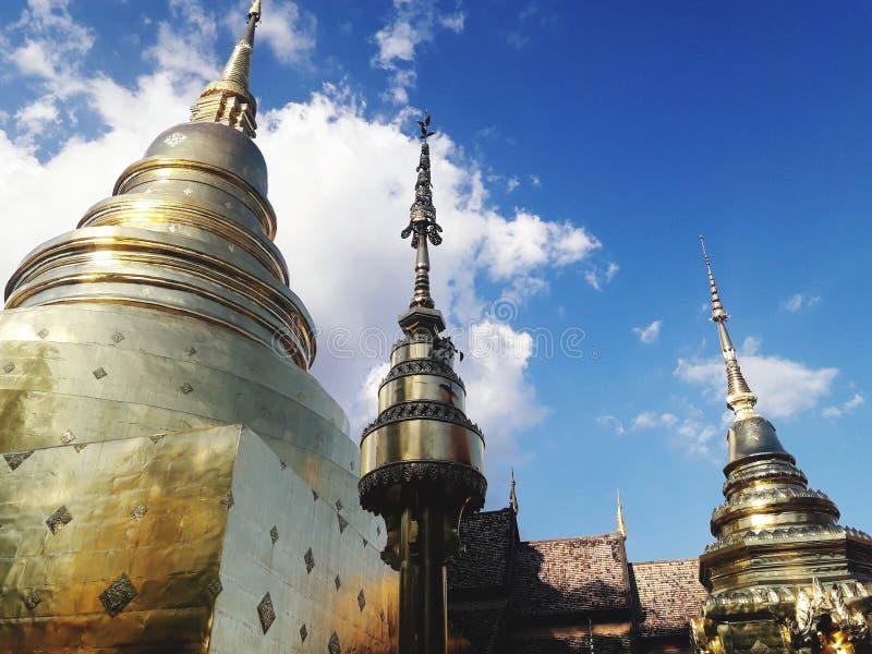 Forntida guld- pagod i Chiang Mai, Thailand arkivfoton