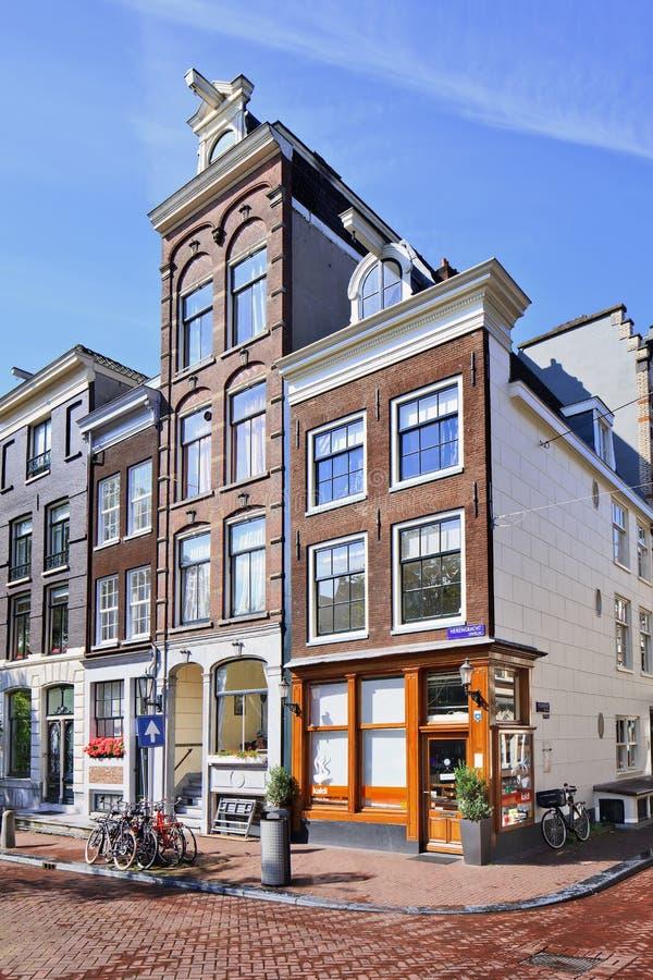 Forntida herrgårdar på Herengracht, Amsterdam, Nederländerna arkivfoton
