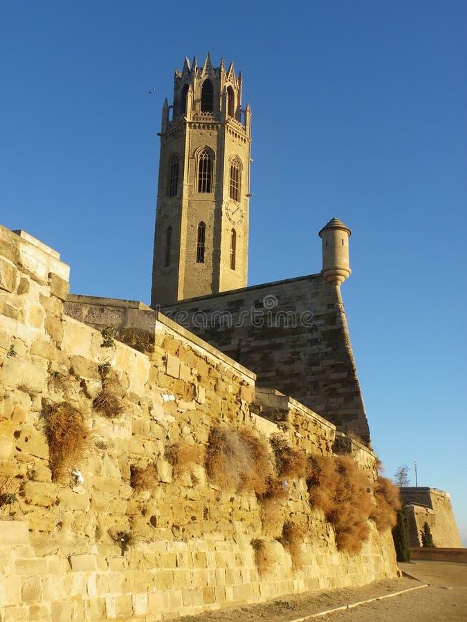 Forntida huvudsakligt torn i medelhavs- område i Spanien arkivbilder