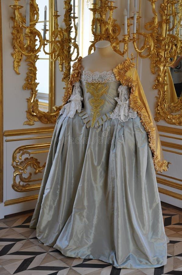 Forntida klänning fotografering för bildbyråer