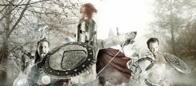 Forntida krigare/gladiatorer som är klara att slåss royaltyfri fotografi