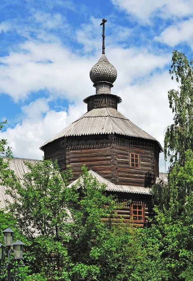 forntida kyrklig cupolamurom russia fotografering för bildbyråer