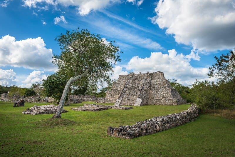 Forntida Mayapan fördärvar, Yucatan, Mexico arkivbild