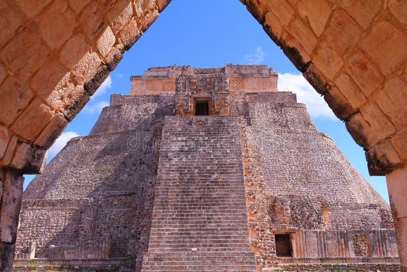 Forntida Mayastad av Uxmal II royaltyfri foto
