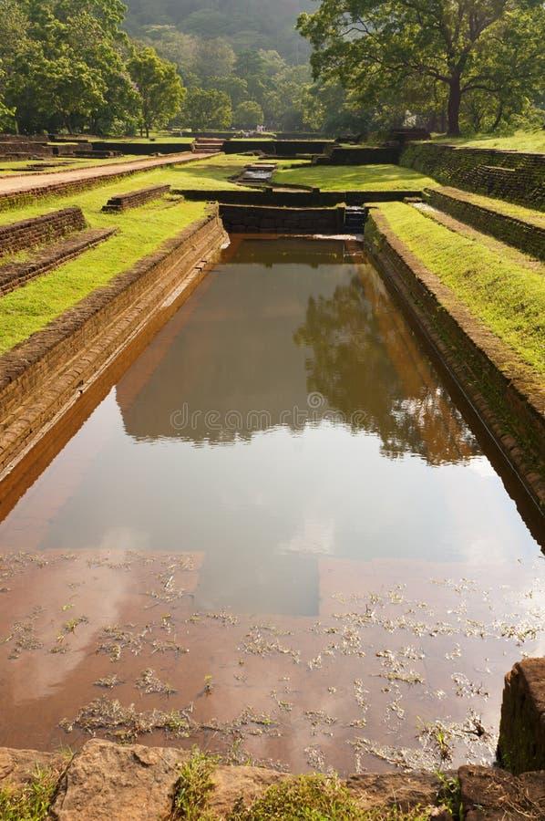 forntida rock för fästningslottpöl fotografering för bildbyråer