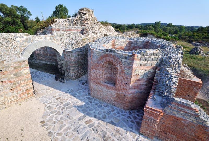 Forntida romersk lokal Felix Romuliana arkivbild