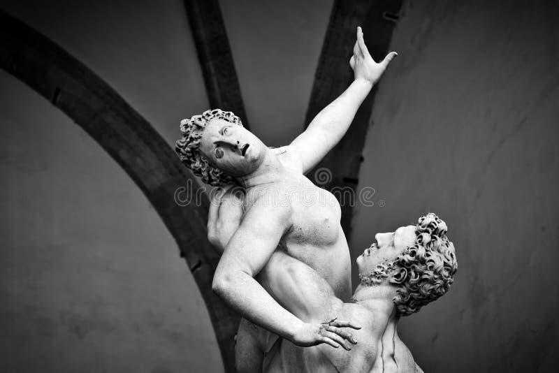 Forntida skulptur av våldta av Sabine Women florence italy arkivfoto