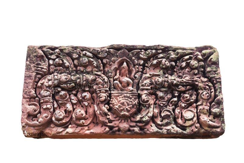 Forntida skulptur som snider på för Ku för överstyckesandsten slott för allsång Ka forntida i Roi Et Thailand arkivfoto