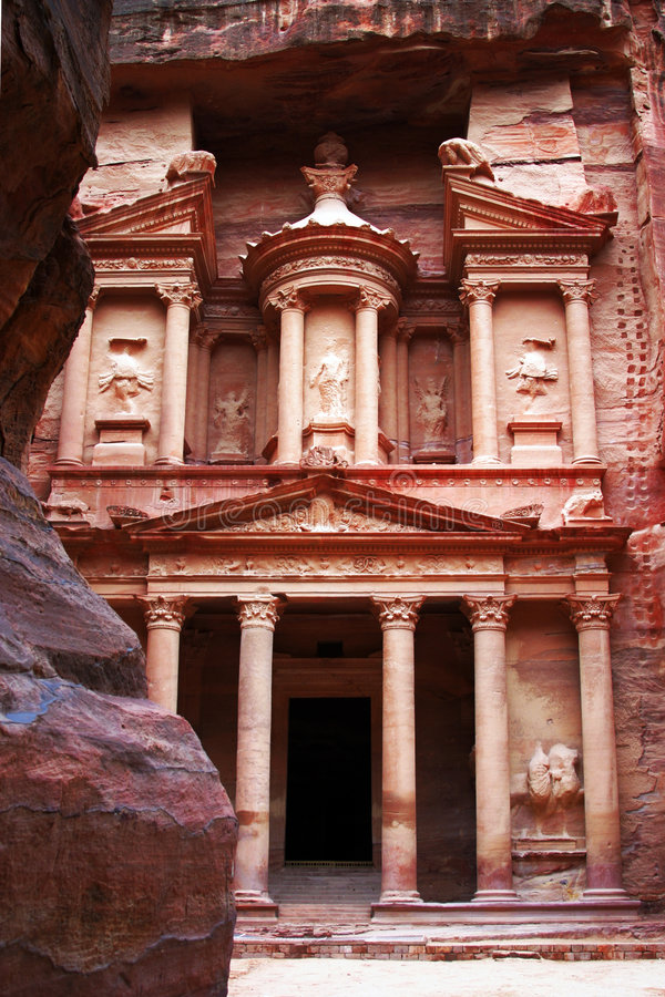 forntida stadsjordan petra fotografering för bildbyråer