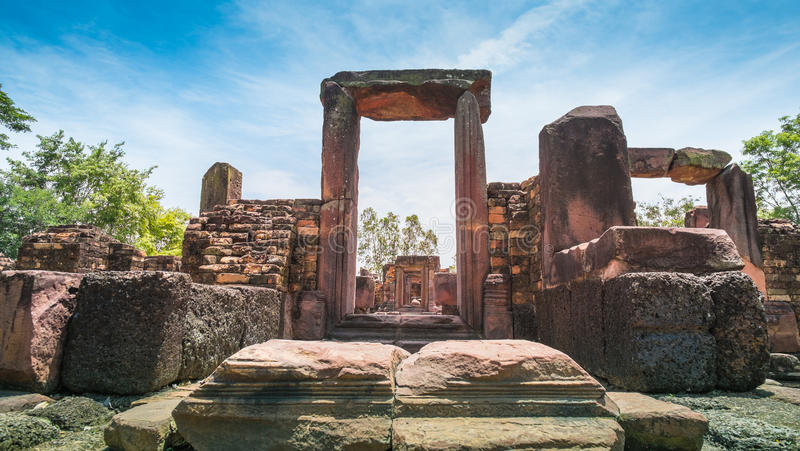 Forntida stenslott, Thailand royaltyfri bild