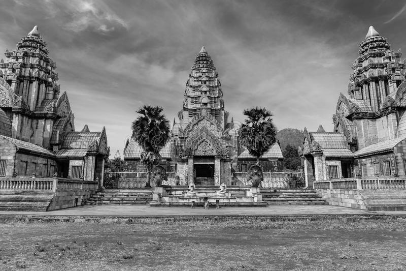 Forntida stenslott Thailand royaltyfri bild