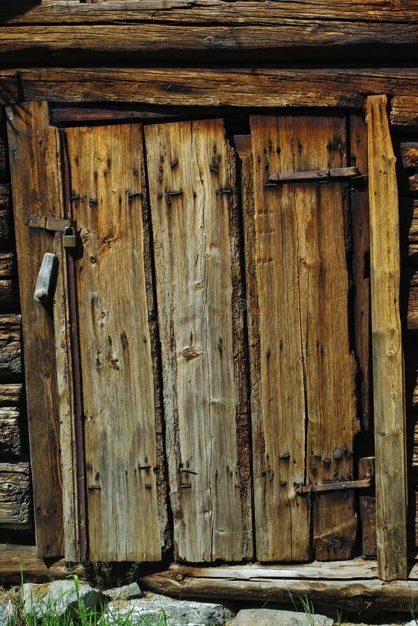 forntida tät dörrbild upp trä arkivfoton