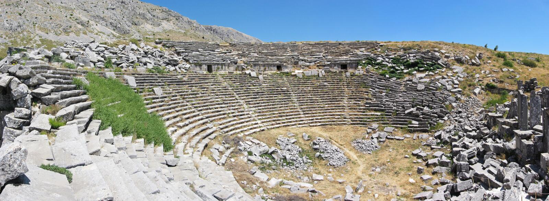 Forntida teater i Sagalassos royaltyfri bild