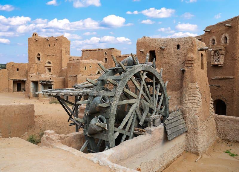 forntida vattenhjul arkivbild
