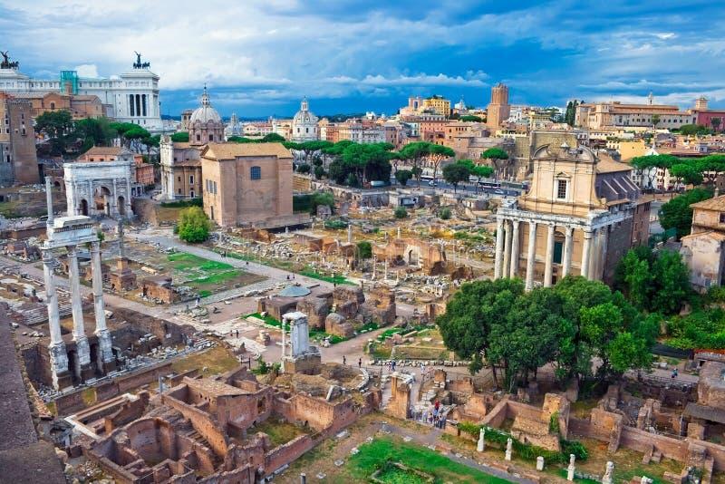Foro antiguo en Roma fotos de archivo