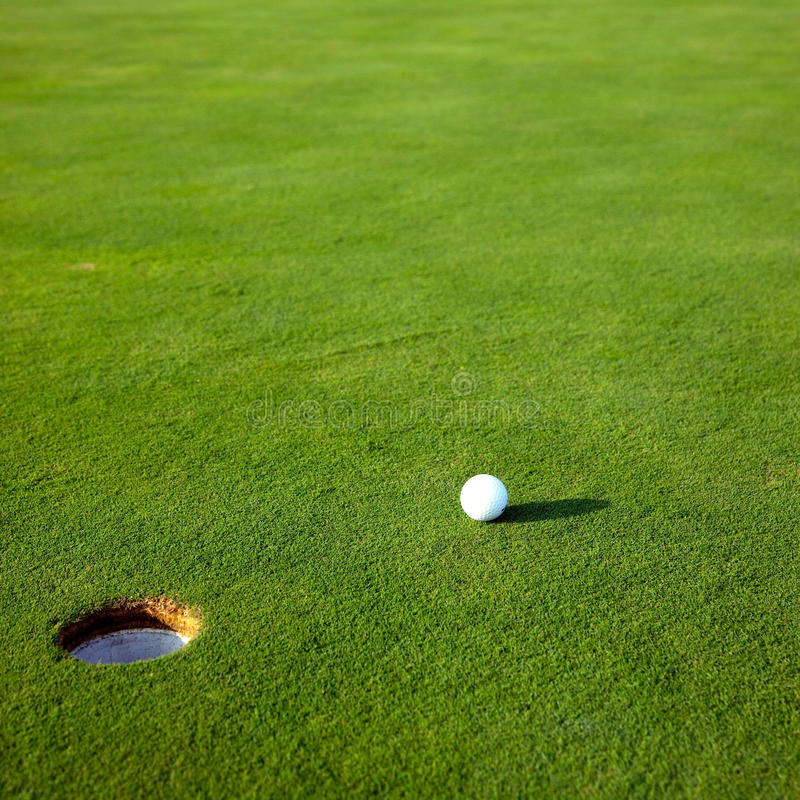 foro di golf della sfera vicino fotografia stock